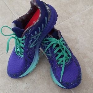 New Balance RunDisney Haunted Mansion 8.5